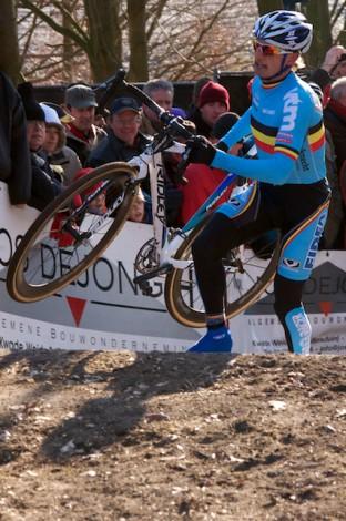 Sven Nys reed veilig op een 3e stek. (Foto © Laurens Alblas)