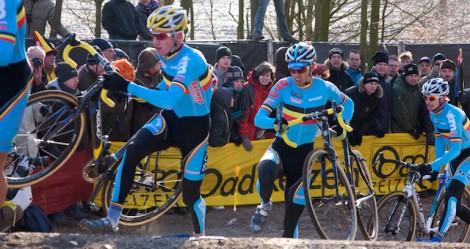Maar de Belgen reden in een sterk blok van vier achter de drie koplopers aan. (Foto © Laurens Alblas)
