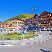 Beklimming Alpe d'Huez in vier minuten (video)