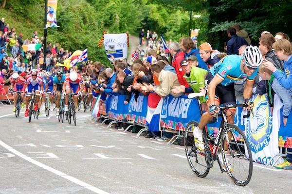 Philippe Gilbert op weg naar de wereldtitel in 2012. (Foto: © Laurens Alblas / cyclingstory.nl)