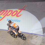Team Roompot presenteert zich aan pers en de wielerliefhebbers in Ahoy Rotterdam