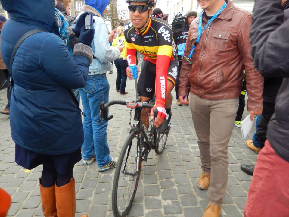 Philippe Gilbert na de finish van Omloop Het Nieuwsblad 2015 (© Jean Savelberg / cyclingstory.nl)