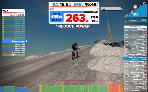 De radiotoren is het hoogste punt op de nieuwe bergroute in Zwift, 513 m boven zeeniveau.